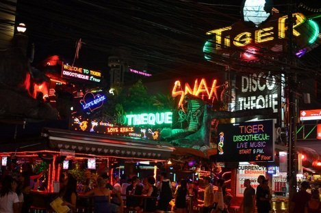 Bangla Road / Image via Nicolas Lannuzel / Flickr