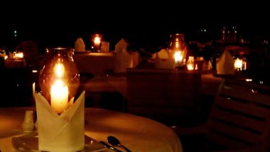 Romantic dinner in Phuket/  Image via Samantha Ombregt / Flickr