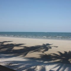 Hua Hin beach/ Image via Krista/ Flickr