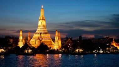 Wat Arun/ Image via Mark Fischer/ Flickr