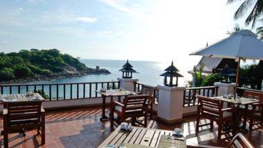 Samui beach dining
