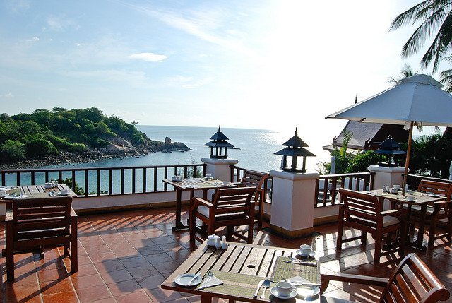 Samui beach dining