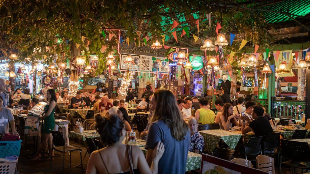10 Best Riverside Restaurants in Bangkok!