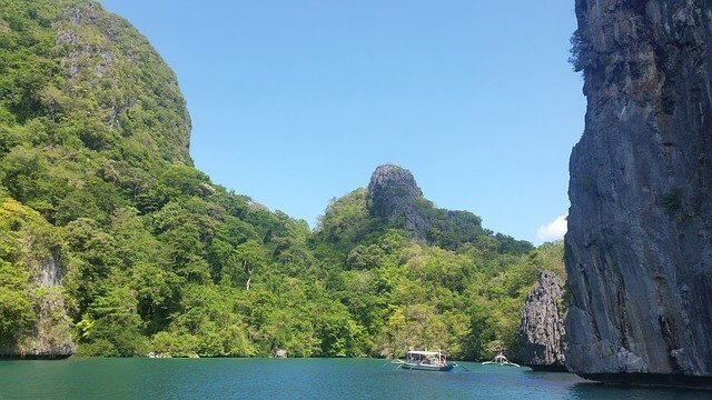 9 of the Best Beaches in the Philippines
